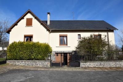 5401_limousin_property_agents_pompadour_townhouse_garage_garden--1-