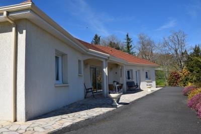 5177_limousin_property_agents_juillac_pavilion_garden_views_car_port--10-