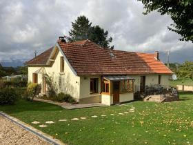 Image No.1-Propriété de pays de 4 chambres à vendre à Arnac-Pompadour