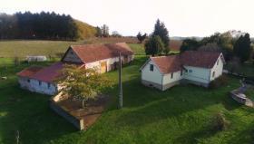 Image No.0-Propriété de pays de 4 chambres à vendre à Arnac-Pompadour