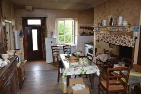 Image No.6-Ferme de 3 chambres à vendre à Lubersac