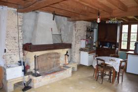 Image No.3-Maison de campagne de 3 chambres à vendre à Vignols