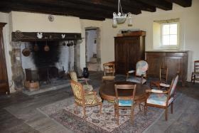 Image No.7-Maison de campagne de 7 chambres à vendre à Arnac-Pompadour