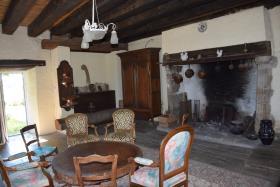 Image No.8-Maison de campagne de 7 chambres à vendre à Arnac-Pompadour