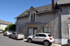 Image No.0-Maison de village de 2 chambres à vendre à Arnac-Pompadour