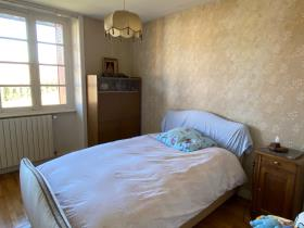 Image No.14-6 Bed Farmhouse for sale