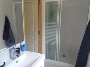 Master-Bedroom-EnSuite-2