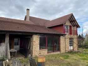 Image No.0-Maison / Villa de 4 chambres à vendre à Angoisse
