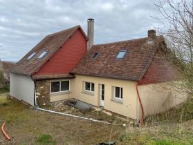 Image No.1-Maison / Villa de 4 chambres à vendre à Angoisse