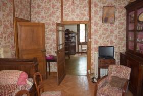 Image No.3-Maison de village de 3 chambres à vendre à Ségur-le-Château