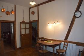 Image No.4-Maison de village de 3 chambres à vendre à Ségur-le-Château
