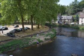 Image No.6-Maison de village de 3 chambres à vendre à Ségur-le-Château