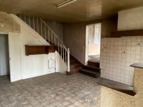 Image No.2-Maison de village de 3 chambres à vendre à Payzac