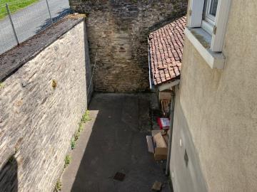 5640-immo_berthou_st_yrieix_la_perche_maison-du_bourg_3_pieces_cour--11-