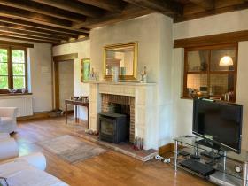 Image No.2-Maison de campagne de 4 chambres à vendre à Lanouaille