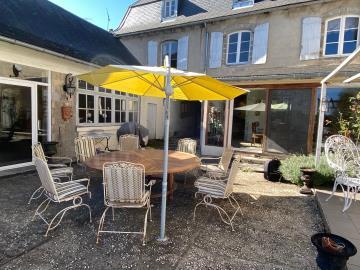 5713_berthou_immo_coussac_bonneval_maioson_de_11_pieces_bourg_jardin_garage_vue--62-
