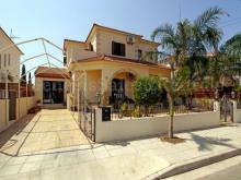 Image No.0-Villa / Détaché de 4 chambres à vendre à Frenaros