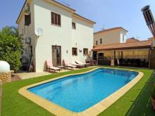 Image No.1-Villa / Détaché de 4 chambres à vendre à Frenaros
