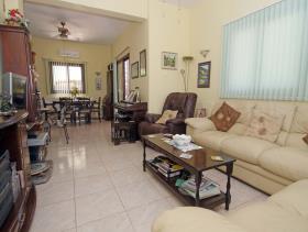 Image No.12-Maison / Villa de 3 chambres à vendre à Liopetri