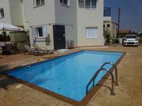 Image No.2-Villa de 2 chambres à vendre à Ayia Triada