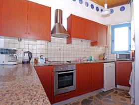 Image No.2-Maison / Villa de 3 chambres à vendre à Deryneia