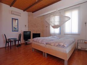 Image No.12-Maison / Villa de 3 chambres à vendre à Deryneia
