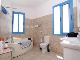 Image No.13-Maison / Villa de 3 chambres à vendre à Deryneia