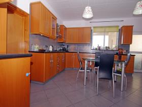 Image No.26-3 Bed Bungalow for sale
