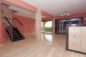 Image No.18-Villa de 4 chambres à vendre à Ayia Thekla