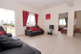 Image No.10-Bungalow de 2 chambres à vendre à Xylofagou