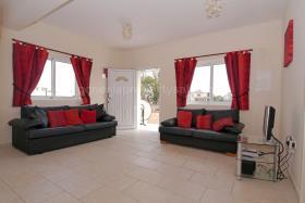 Image No.11-Bungalow de 2 chambres à vendre à Xylofagou