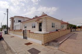 Image No.15-Bungalow de 2 chambres à vendre à Xylofagou