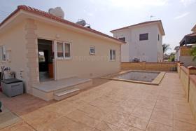 Image No.17-Bungalow de 2 chambres à vendre à Xylofagou