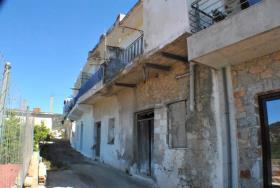 Image No.0-Maison à vendre à Istro
