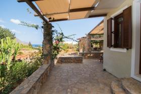 Image No.1-Villa / Détaché de 3 chambres à vendre à Elounda