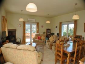 Image No.2-Villa / Détaché de 5 chambres à vendre à Agios Nikolaos