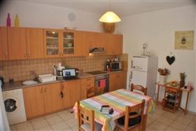 Image No.6-Maison de 2 chambres à vendre à Istro