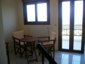 Image No.3-Maison / Villa de 2 chambres à vendre à Sissi