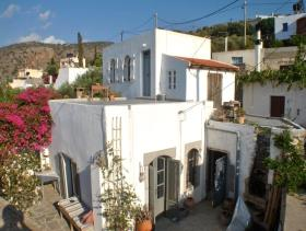 Milatos, House