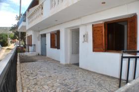 Istro, Apartment