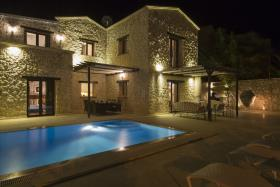 Image No.1-Villa de 3 chambres à vendre à Kalkan