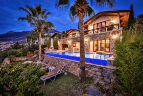 Image No.32-Villa de 4 chambres à vendre à Kalkan