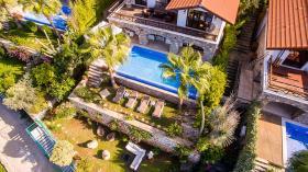 Image No.1-Villa de 4 chambres à vendre à Kalkan