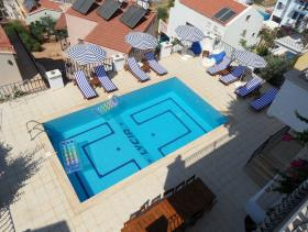 Image No.1-6 Bed Villa for sale