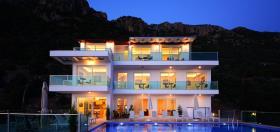 Image No.19-11 Bed Villa for sale