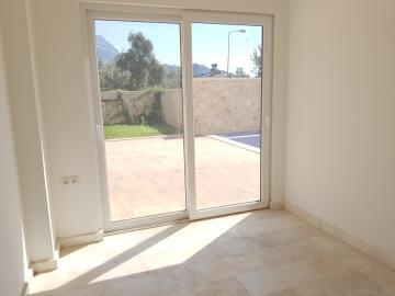 Ortaalan-downstairs-bedroom