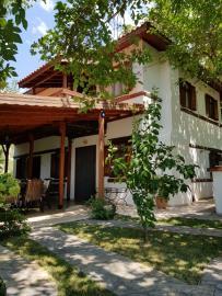 rana-evi-front-house