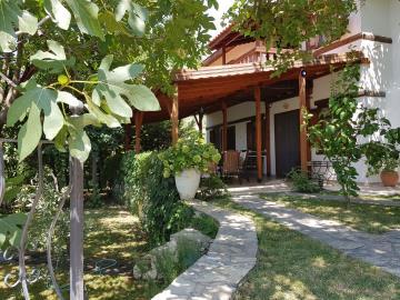 rana-evi-pathway