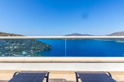 everest-balcony-view