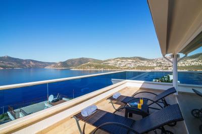 everest-balcony